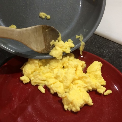 Perfect Scrambled Eggs with Chantal Induction 21 Steel Cookware