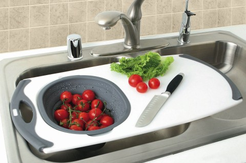 OVER-THE-SINK STRAINER GRIPPBOARD®