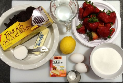 Ingredients Strawberry Pie with Chocolate Crust