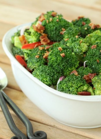 Crunchy Broccoli and Bacon Salad