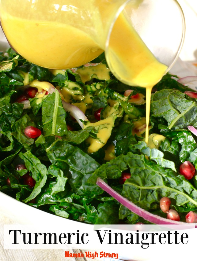Make this tasty Turmeric Vinaigrette to help decrease inflammation in your body!